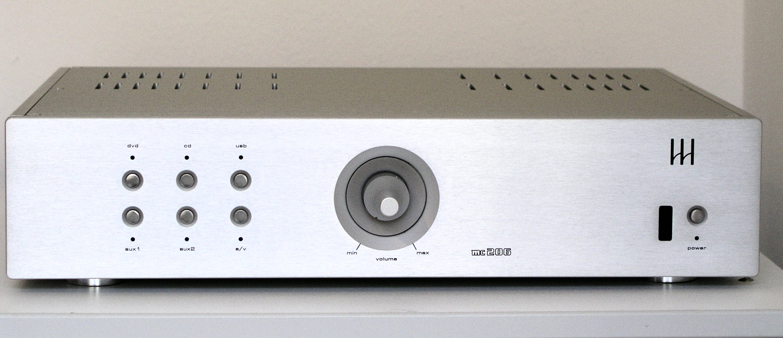Monrio MC 206, integrated amplifier